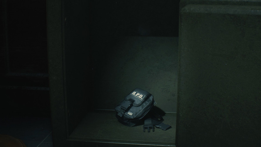 Resident Evil 2 Remake - как найти все набедренные сумки