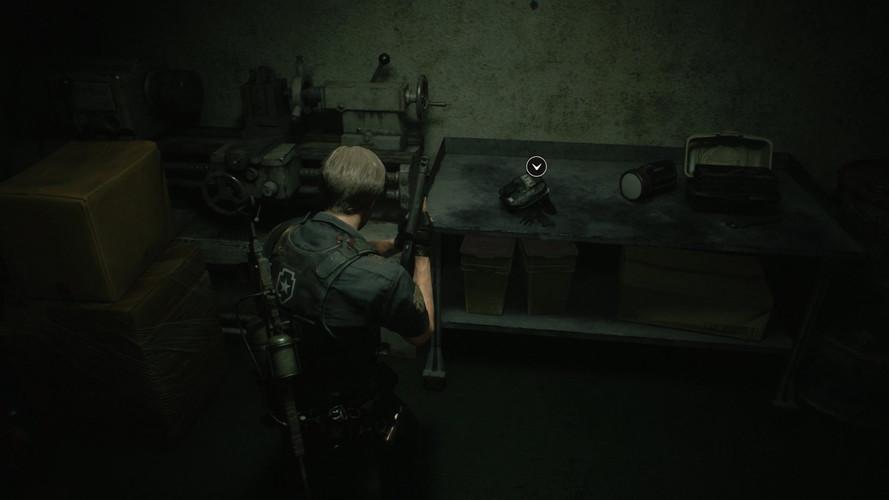 Resident Evil 2 Remake - как найти все набедренные сумки и увеличить и